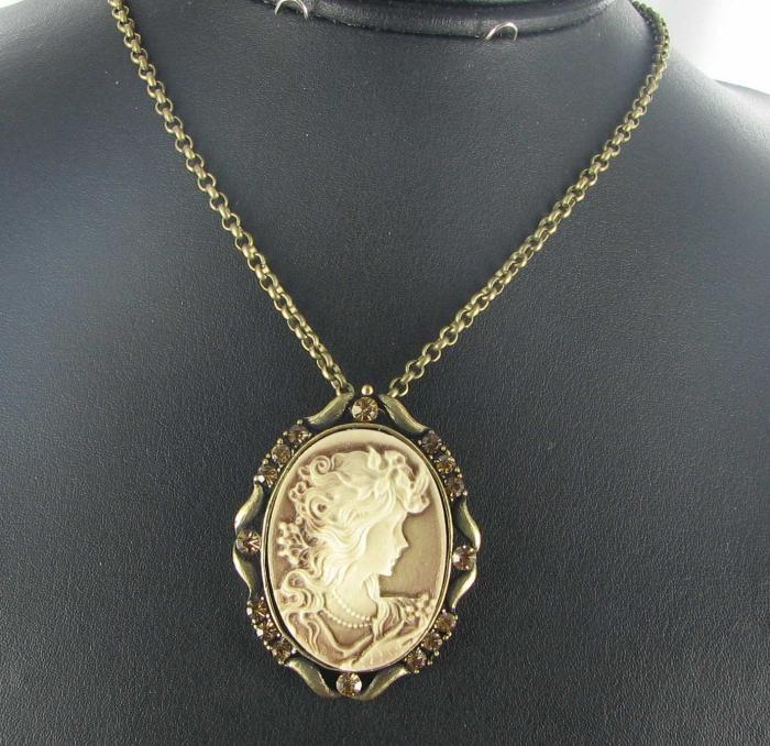 cameo necklace resin rhinestones gold tone