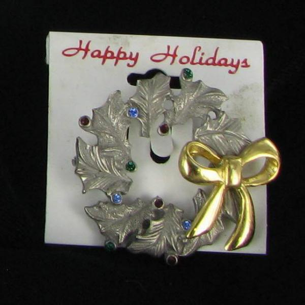 New Christmas Wreath Pin of Pewter and Rhinestones Gold Tone Bow Xmas Jewelry